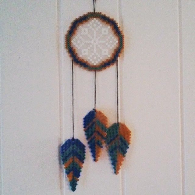 attrape r ve en perles repasser perlesarepasser attrapereve dreamcatcher mes perles. Black Bedroom Furniture Sets. Home Design Ideas