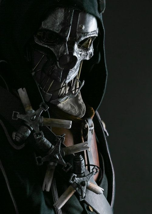 Dishonored ultimate cosplay. No that is not a render, that's cosplay done right.