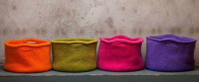 Disse flotte, tovede kurvene kan du bruke til mange ting – f.eks. som garnkurv eller til og med som veske, om du vil.