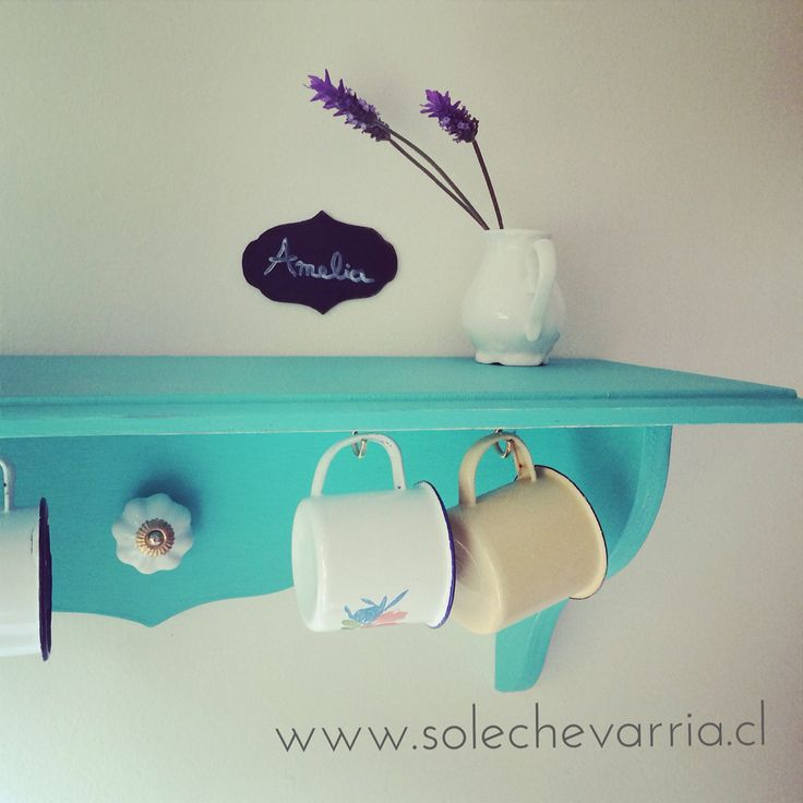 Repisa Amelia. www.solechevarria.cl Color turquesa.