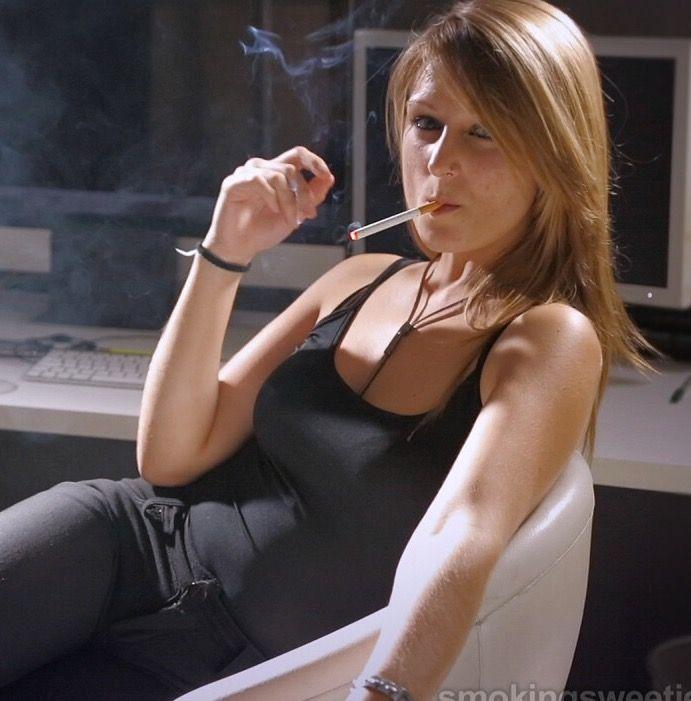 Pin On Sexy Smoking-8685