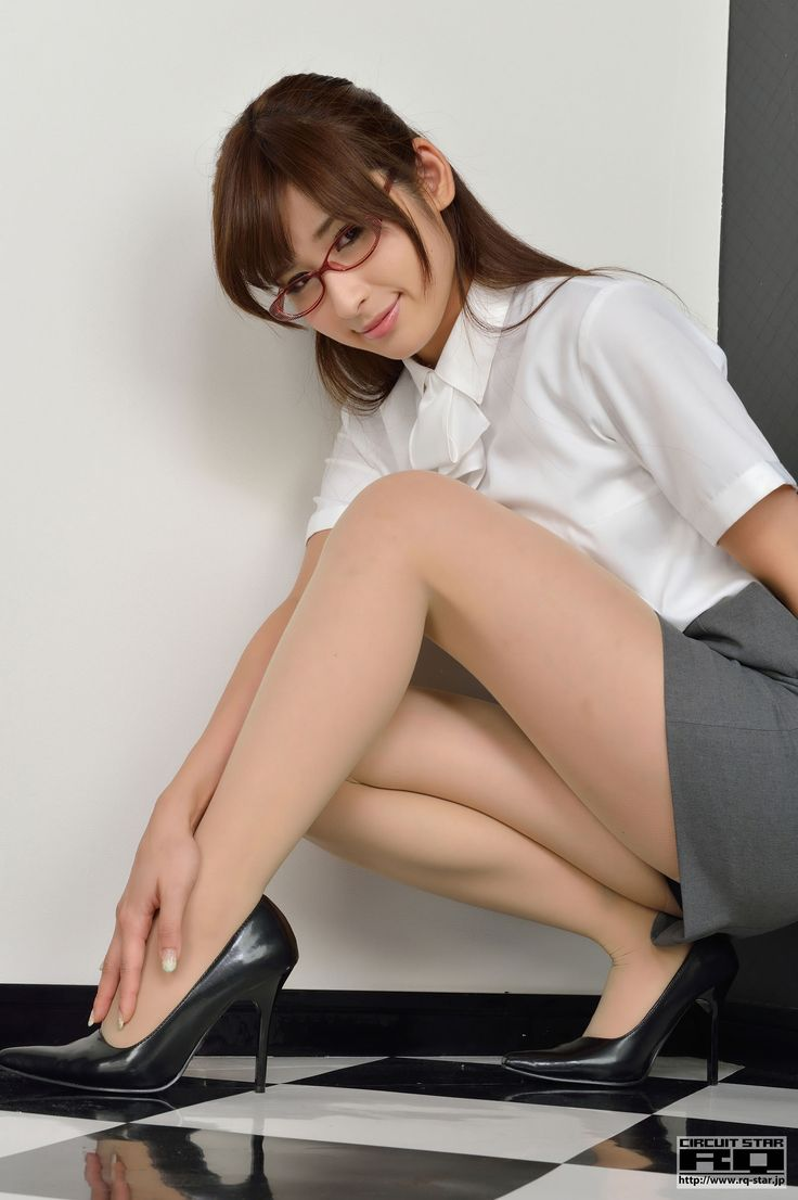 Asian girls getting spanked-2388
