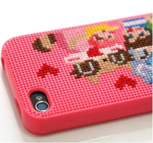 DIY Cross-stich iPhone 4 case {the possibilities are endless!}