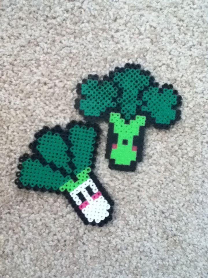 Awesome perler bead vegetables! -Broccoli -Leek