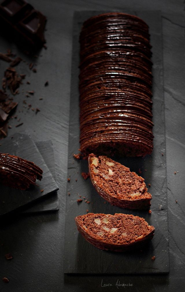 Felii prajitura mere si ciocolata