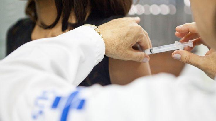 Após morte por febreamarela, governo alerta para necessidade de se vacinar