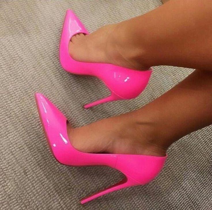 1000  ideas about Hot Pink Heels on Pinterest   Pink heels Hot