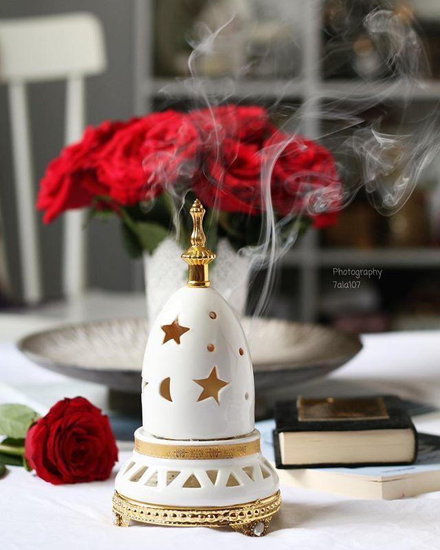 اخر ساعة من يوم الجمعة بثوا دعواتكم لله ㅤ ㅤ ㅤ By 7ala107 ㅤ Chosen By Rawasi ㅤ التقييم مـن 5 ㅤㅤㅤㅤ تـا Ramadan Decorations Ramadan Gifts Christmas Bulbs