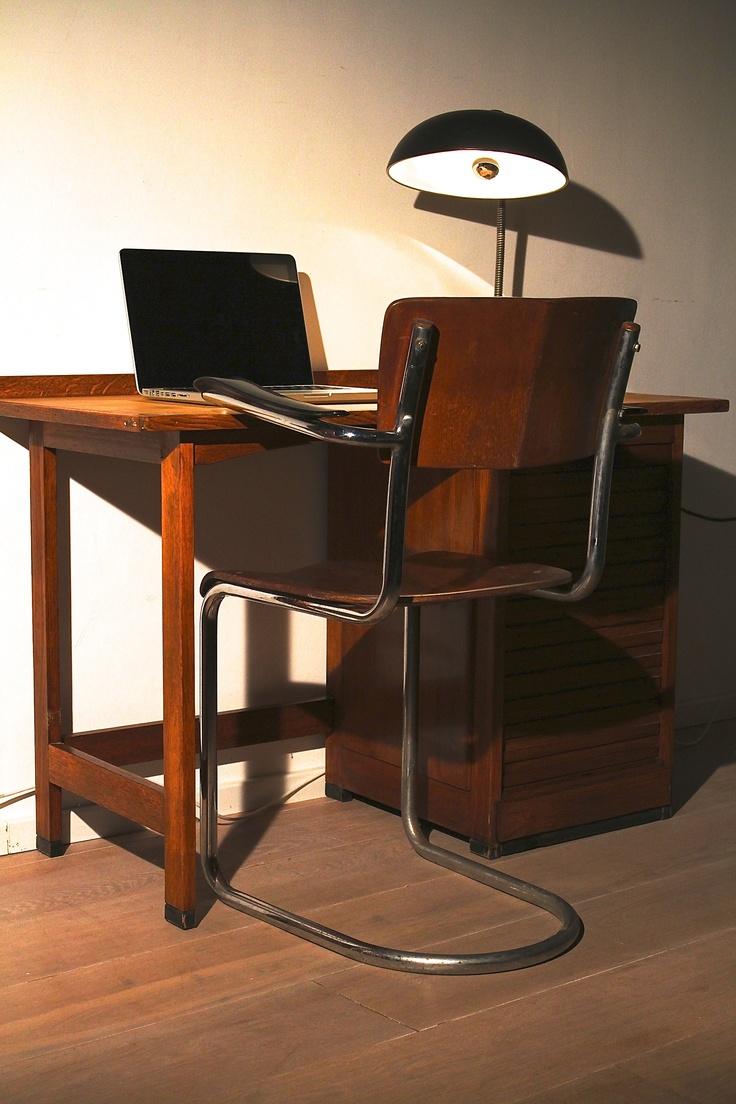 41 besten bauhausstil bilder auf pinterest m beldesign bauhaus interior und bauhaus m bel. Black Bedroom Furniture Sets. Home Design Ideas