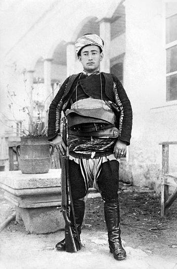 Yörük Ali Efe (Zeybek Yörük Army in WWI) - Anthrocivitas