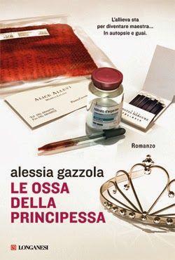 Alice Allevi #4 http://www.vivereinunlibro.it/2014/01/anteprima-le-ossa-della-principessa.html