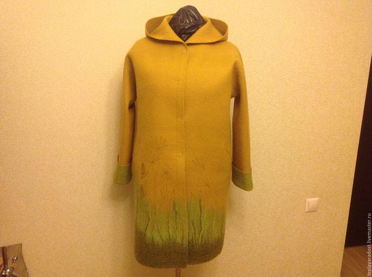 """Купить Авторское валяное пальто """"Сухоцветы"""" - желтый, авторская ручная работа, валяние из шерсти"""