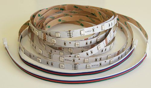 SKYFIELD 5 m Rolle LED SMD RGB Streifen Strips mit zwei A... https://www.amazon.de/dp/B005H5E1MQ/ref=cm_sw_r_pi_dp_x_poeFzbH65PBD0