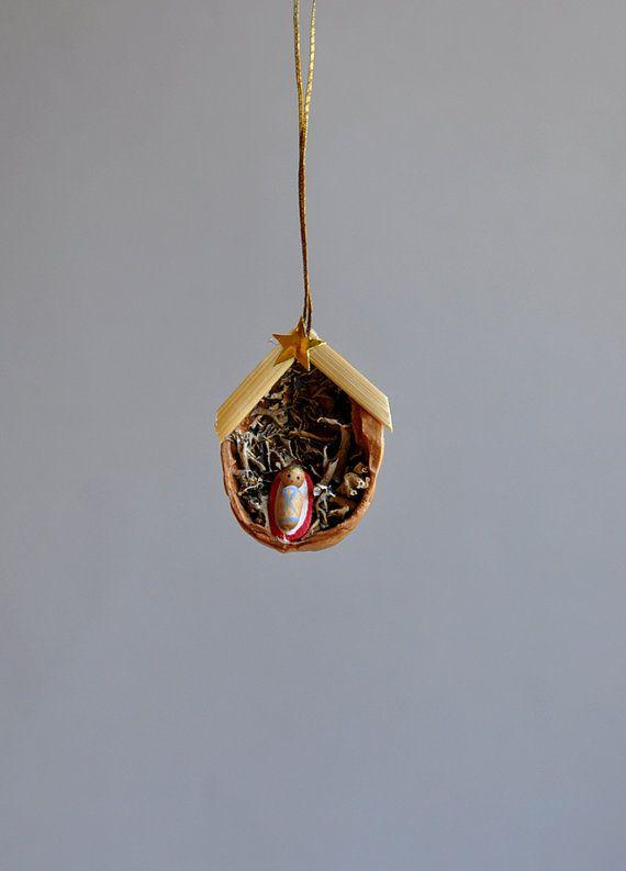 Teeny tiny baby jesus ornament italy god jul for Baby jesus christmas decoration