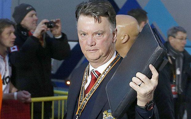 Seven reasons Louis van Gaal has not been fired by Man Utd
