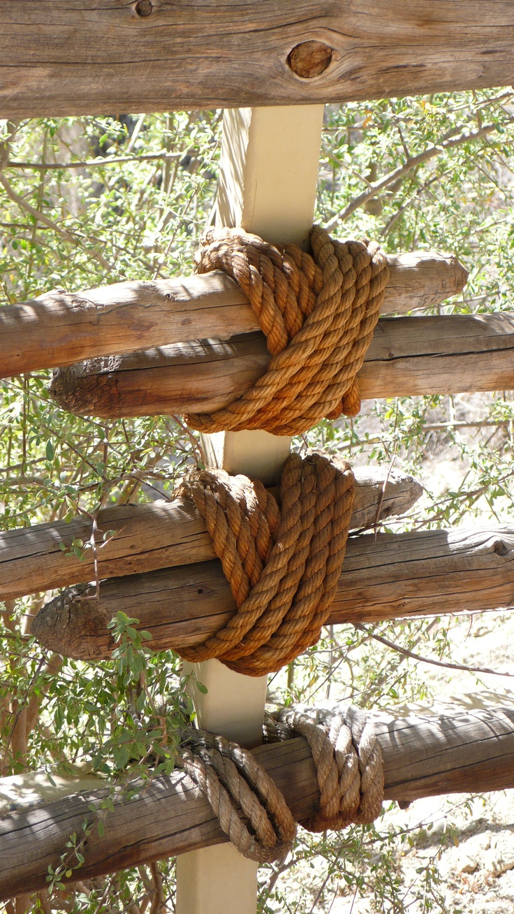 27 best images about garden rope fence on pinterest for Garden decking with rope