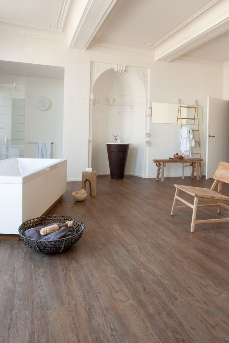 latin pine wood effect luxury vinyl flooring moduleo