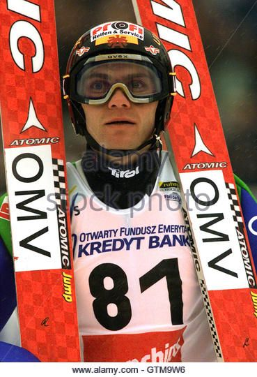 andreas-widhoelzl-of-austria-holds-his-skis-while-looking-at-the-results-gtm9w6.jpg (369×540)