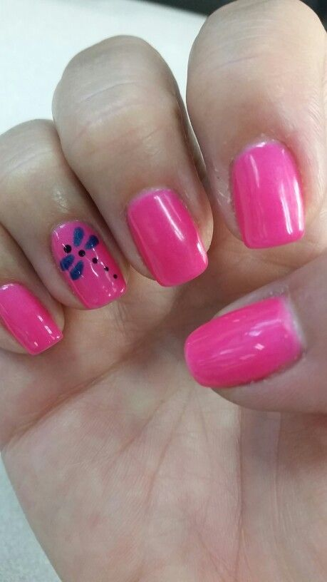 Hot pink summer nails with a little dragonfly. Too cute. Lovin them.