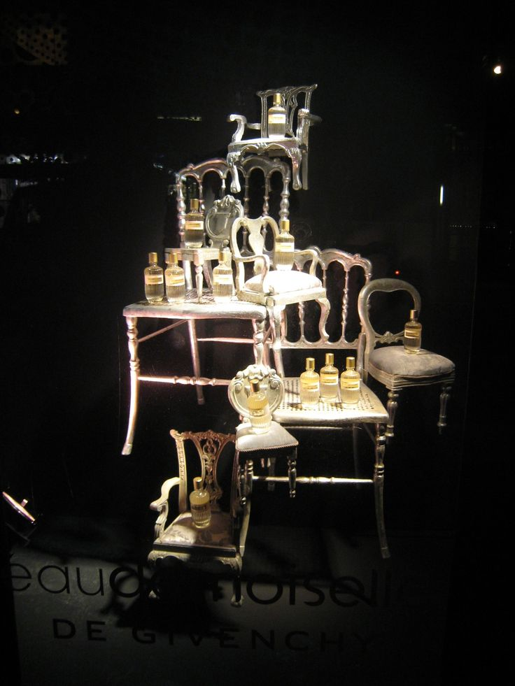 FNO12 ✯NYC✯ Visual Merchandising - would love to do something with vintage chairs in our shop window!