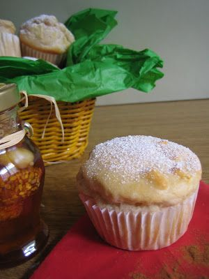 Muffins, cookies e altri pasticci: Muffins alla mela, miele e cannella