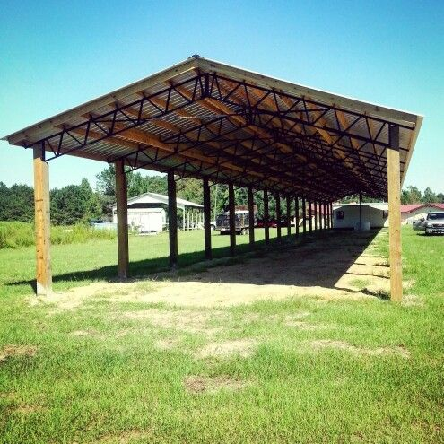 Bailey barns steel trusses barns and pole barns for How to build a metal pole barn
