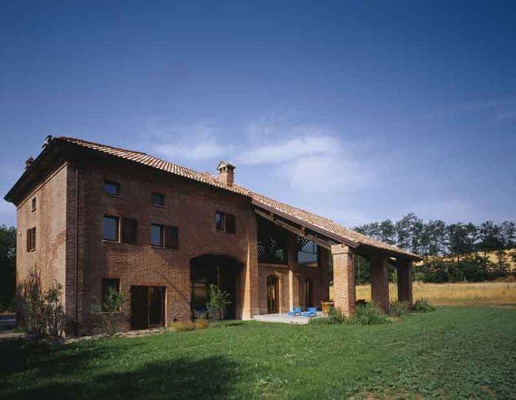 Stile contemporaneo in Val Tidone | Ville&Casali