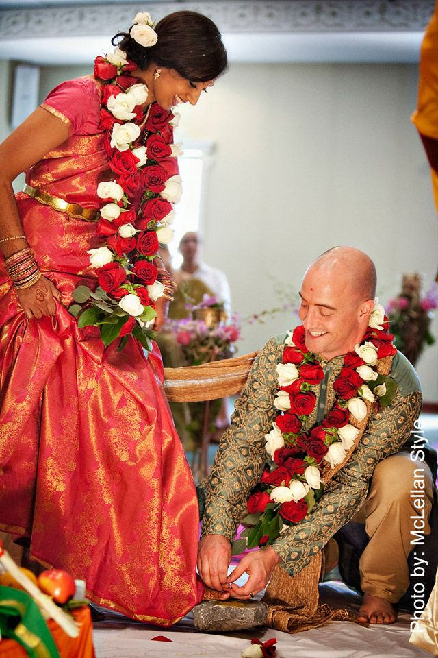 I like their garlands and this was a great Indian-American wedding in Nashville
