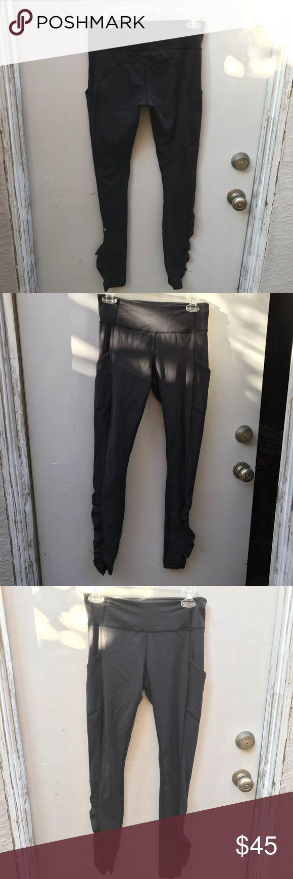 Lululemon black scrunched leggings Size 6 // color black / scrunchy heel // side pockets / zipper / no fading no rips no stains/ get your workout done /) lululemon athletica Pants Leggings