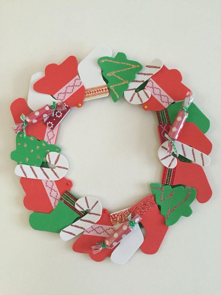 Guirnalda de navidad elaborada con material reciclado - Decoracion navidad goma eva ...