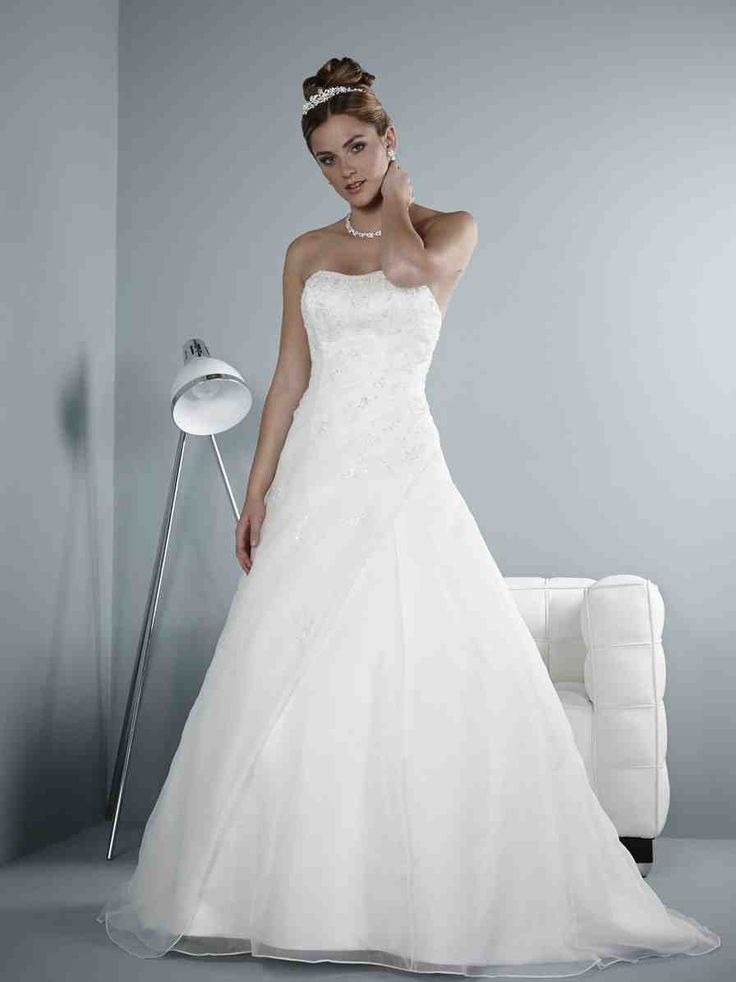 57 best Used Wedding Dresses images on Pinterest   Wedding frocks ...
