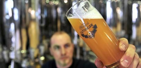 Brauerei: Oettinger-Bier ohne Gentechnik - SPIEGEL ONLINE - Nachrichten - Wirtschaft