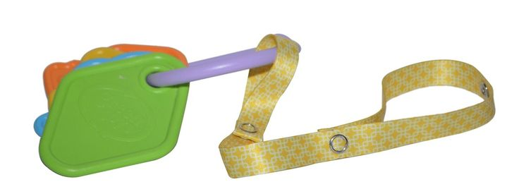 Yellow toy along toys  #toyleash #baby #toddler #stylish #babytoys #toys #toystrap #stroller