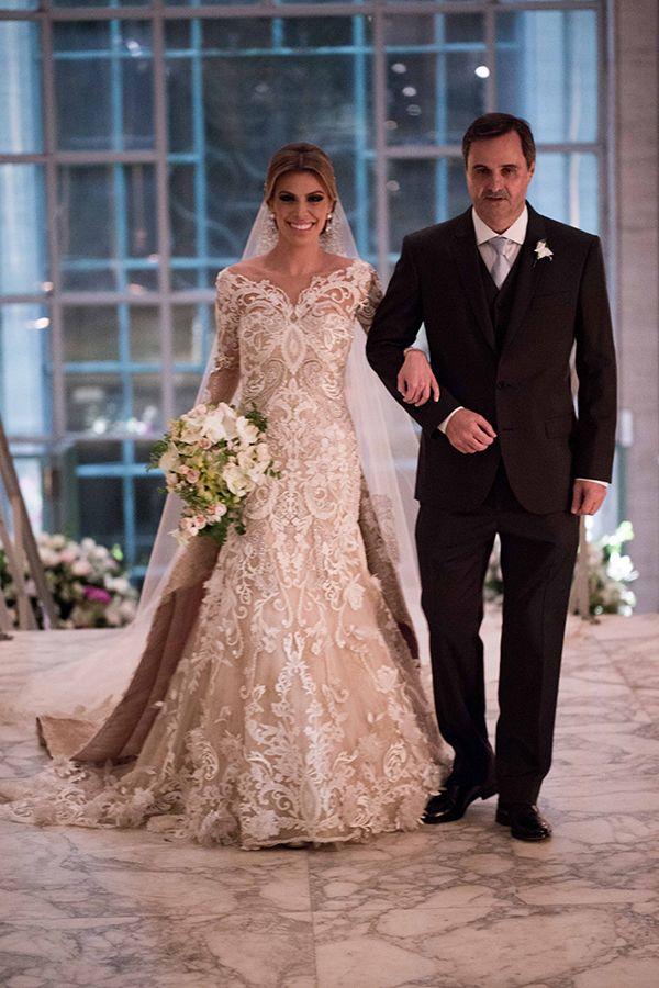 Ana Carolina Resstom e Bruno Barbosa tiveram um lindo casamento na Villa Jockey, em São Paulo, com assessoria da Entrevento.