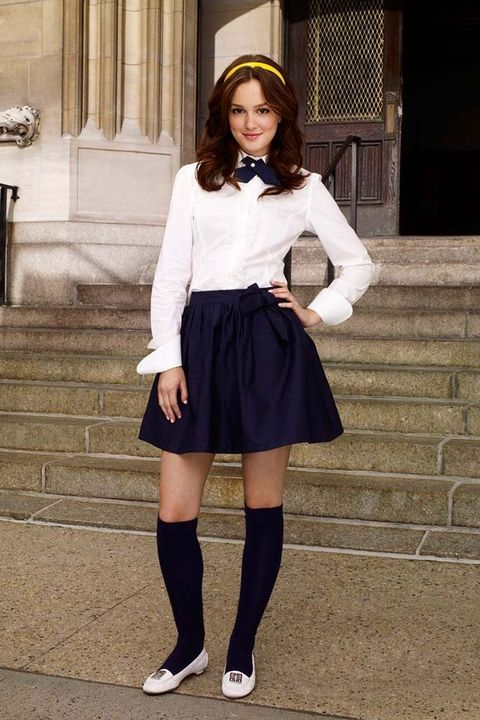 Eli brown, emily alyn lind, whitney peak go back to school for gossip girl