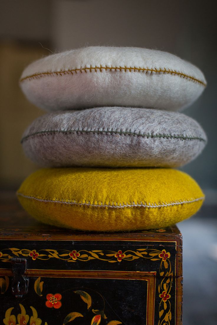 MUSKHANE Winter 16-17- Smarties #felt cushion - photo #maevadelacroix #muskhane