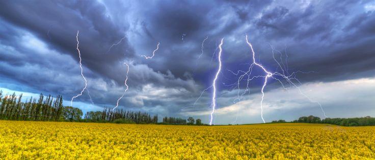Groźne burze, ulewy, upał i ryzyko podtopień