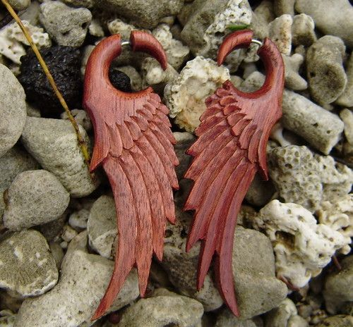 Red Blood wood natural color in Feather wing and split for easy to wear