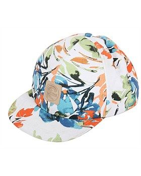 Summer cap for the women. The tidal hat has a peak 1cm shorter than the guys caps. Features: Printed Cap. Adjustable back. Embossed Leather badge. 100% cotton. Buy Now: http://www.outsidesports.co.nz/outdoor-sports-gifts-for-her/ONE2022303/O'Neill-Tidal-Cap-women's.html#.VmjNWXYrKUk