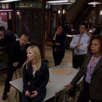 Ice-T, Mariska Hargitay, Tamara Tunie, Danny Pino, and Kelli Giddish in Law & Order: Special Victims Unit (1999)