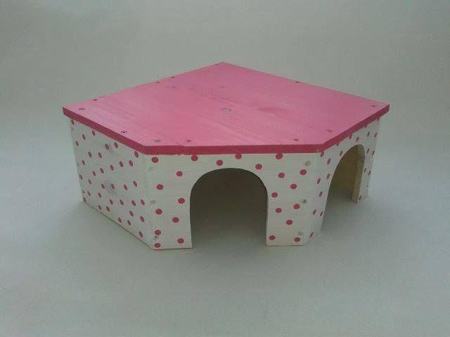 Two Door Guinea Pig Corner House,Hop Nibble Squeek