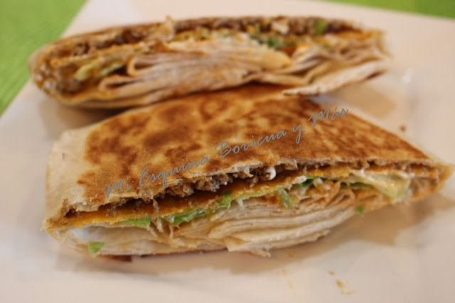 My Corner Boricua and More: Crunchwrap (Taco Bell)