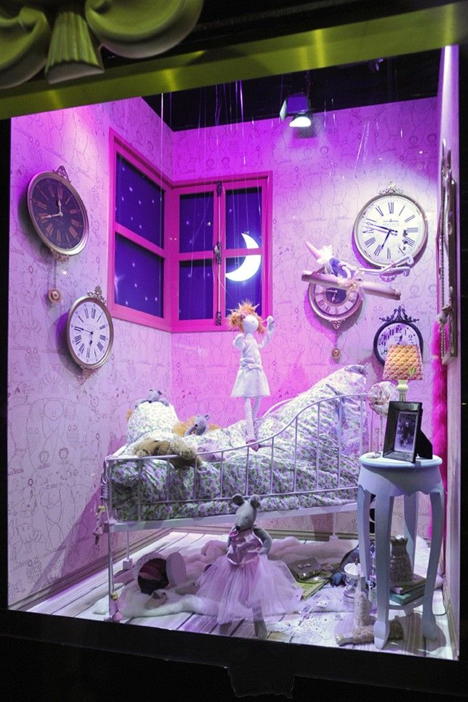 104 best christmas department store window displays images for Window wonderland