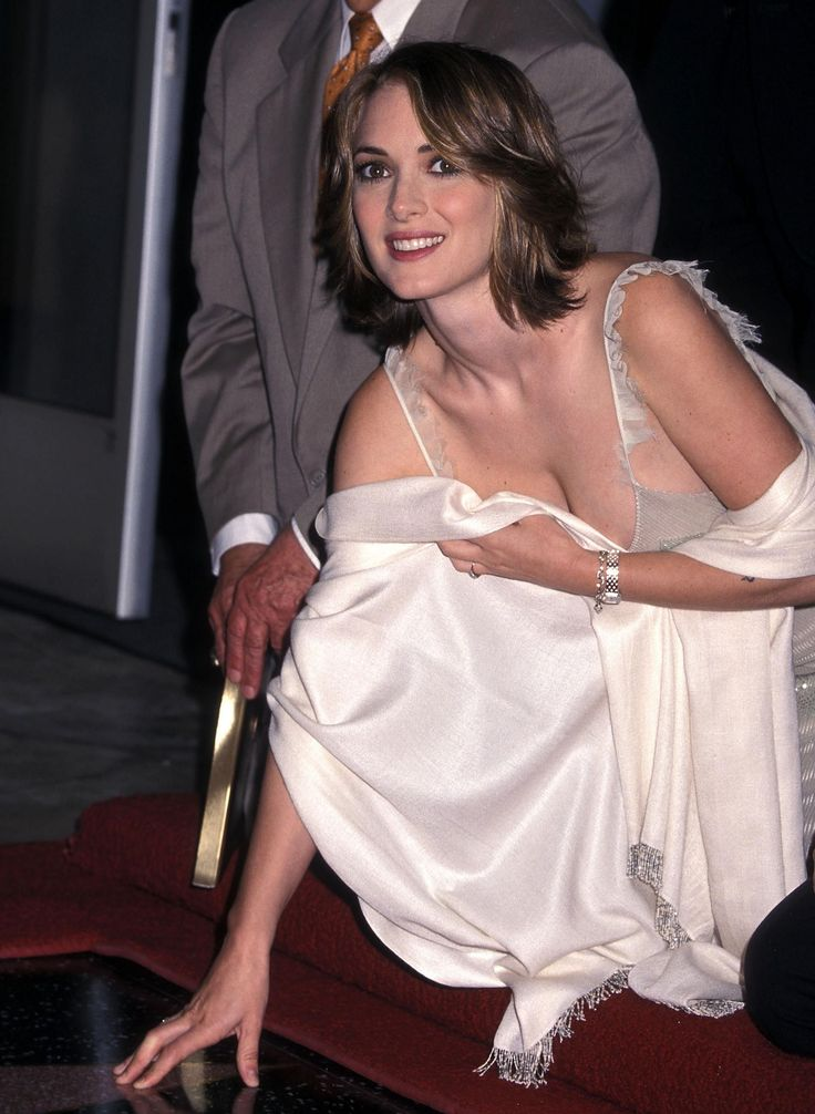 Winona Ryder gets a star on the Hollywood Walk of Fame | Winona ryder, Hollywood walk of fame ...