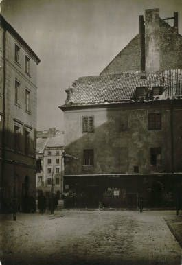 Varsovie: quartier |Stare miasto|; Warsaw, an old street :: Jan Bulhak Collection :: Digital Collections :: University at Buffalo Libraries. Click the image to visit the University at Buffalo Libraries Digital Collection and learn more about the photograph. #ublibraries #polishroom #JanBulhak #Poland