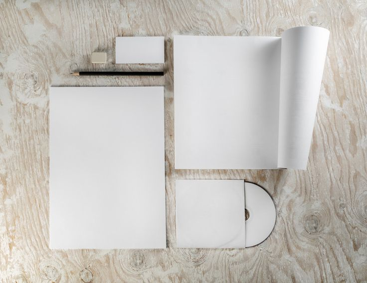 6 Tips on Creating the Perfect Two-Page Portfolio to Win a Job Interview, © Alex Veresovich via Shutterstock