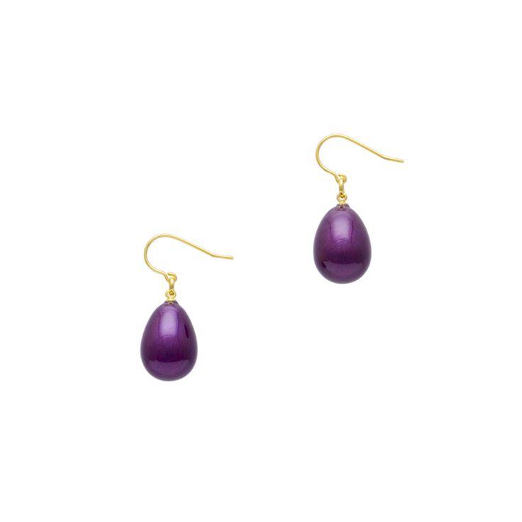 身につける漆 漆のアクセサリー ピアス 華蜜珠 箔紫色 坂本これくしょんの艶やかで美しくとても軽い「和木に漆塗りのアクセサリー」より、かわいい雫のような珠が耳元で女性らしく艶やかに揺れる愛らしい ウェアラブル 漆 アクセサリー wearable URUSHI accessories Pierce Hanamitsu tama purple color 玉子のようにふっくらとした雫形で、遊び心のあるかわいらしいデザインがとても印象的なピアス、上品で奥行き感のある「箔紫色」を表現。艶やかでありながら透明感がある香りたつようなお色です。  #漆アクセサリー #漆のアクセサリー #漆ジュエリー #軽いアクセサリー #漆のピアス #purplepierce #ピアス #pierce #華蜜珠 #箔紫色 #ユーロワイヤーピアス #wearable #ウェアラブル漆 #漆塗り #軽さを実感 #坂本これくしょん #耳が痛くない