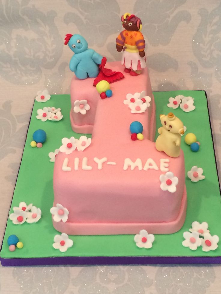 17 best images about in the night garden cakes on for In the night garden cakes designs