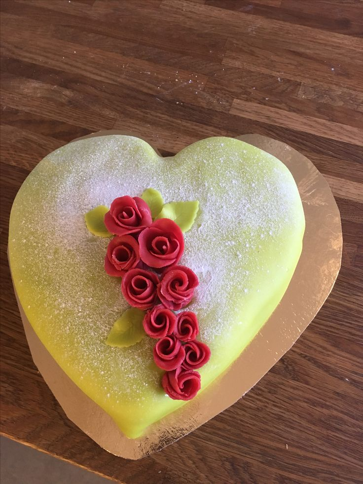 Romantiktårta