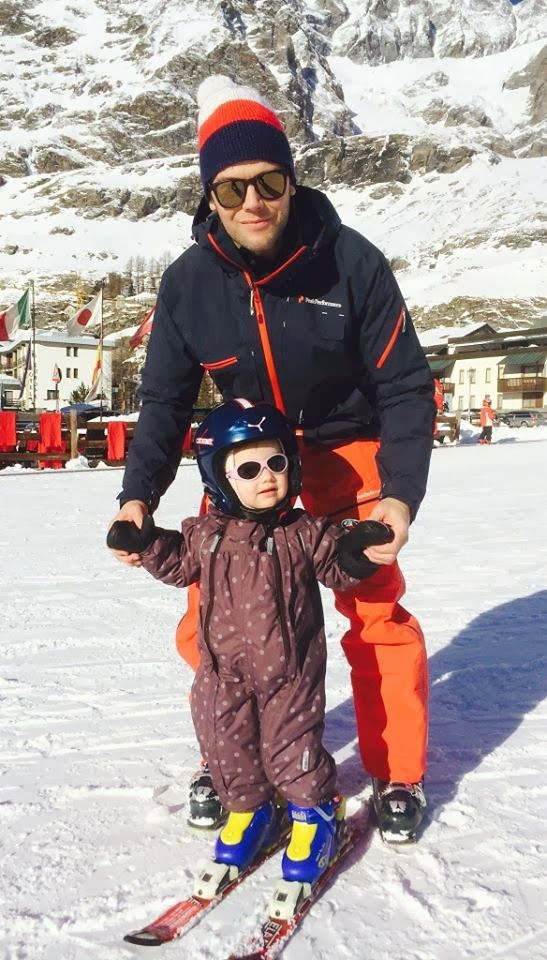 Princess Estelle's First Ski   Princess Estelle skiing in Cervinia,İtaly with her dad